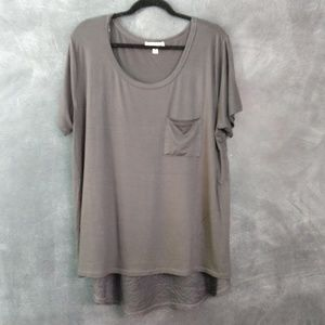 ZENANA SIGNATURE   Hi-low Lace Back T-shirt Sz 3X